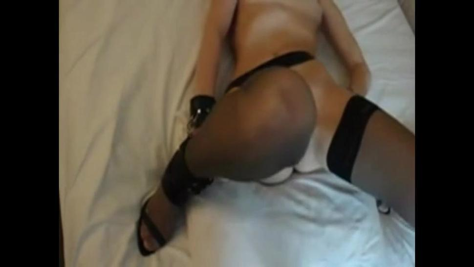 my submissive cunt gets extremely filled