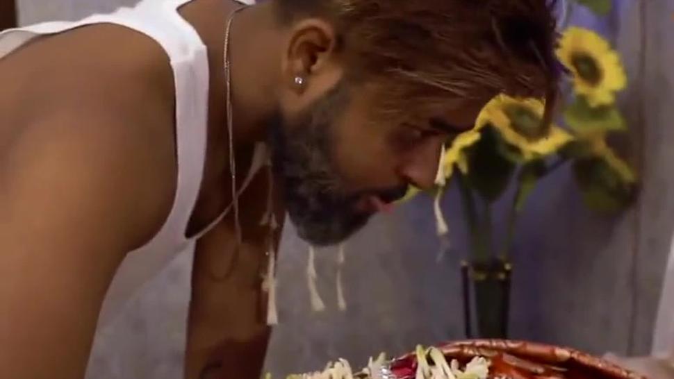 INDIAN BHABHI SUHAAGRAAT NIGHT VIDEO