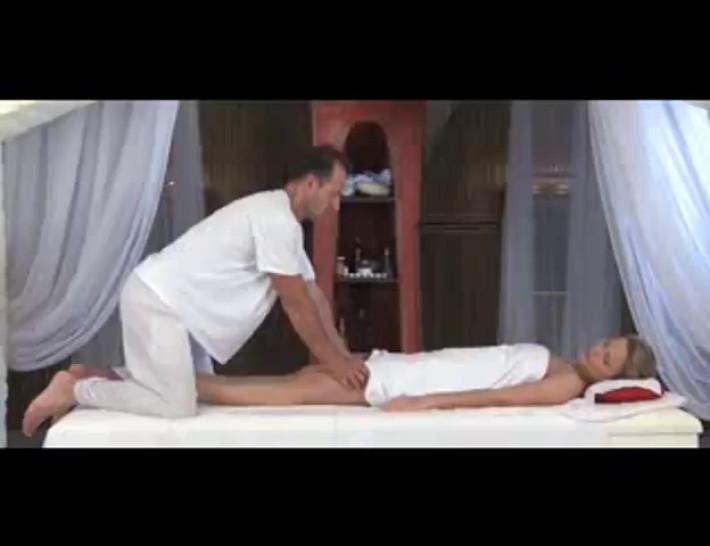 Massage Rooms Powerful g-spot orgasm