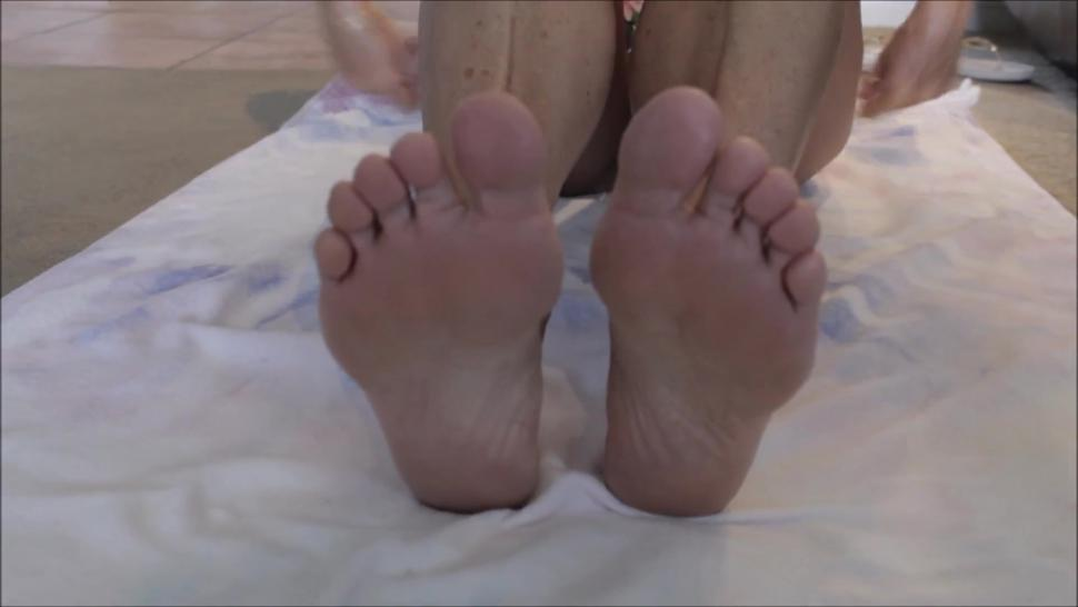 Fit Bikini Girl Gives Footjob Preview (Full Video With Cumshot on Profile at Mike_Skywalker)