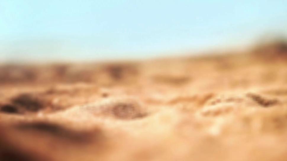 SPY BEACH - Nude Beach Milf Amateur Voyeur Close Up Pussy And Ass