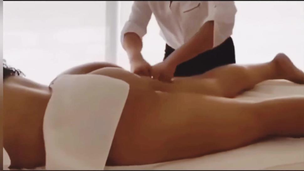 Jordyn Woods massage loop