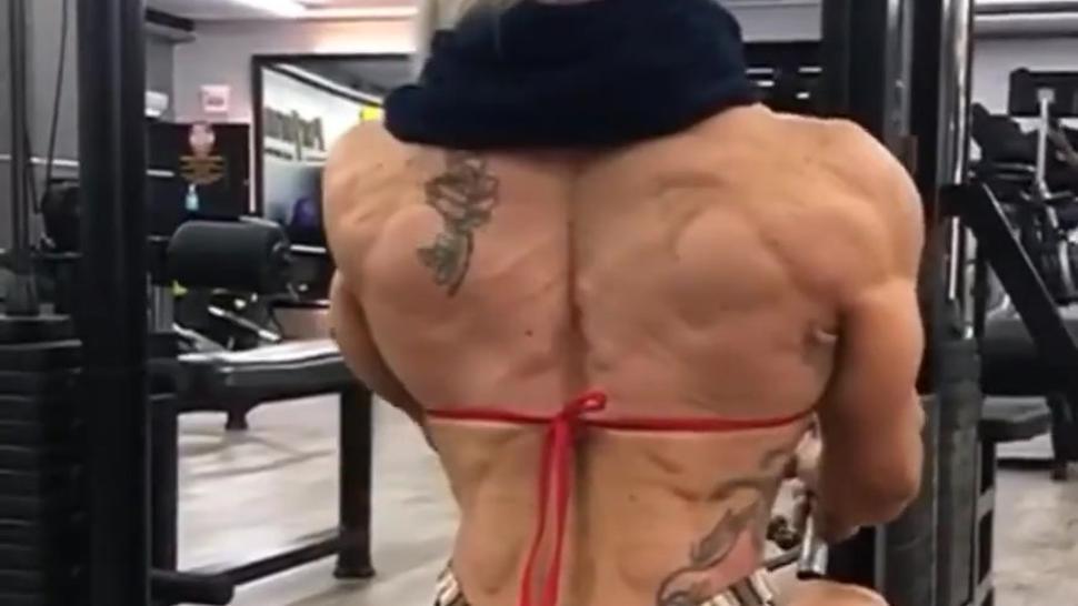 Muscle mistress (onlyfans. com/tuffstuff)