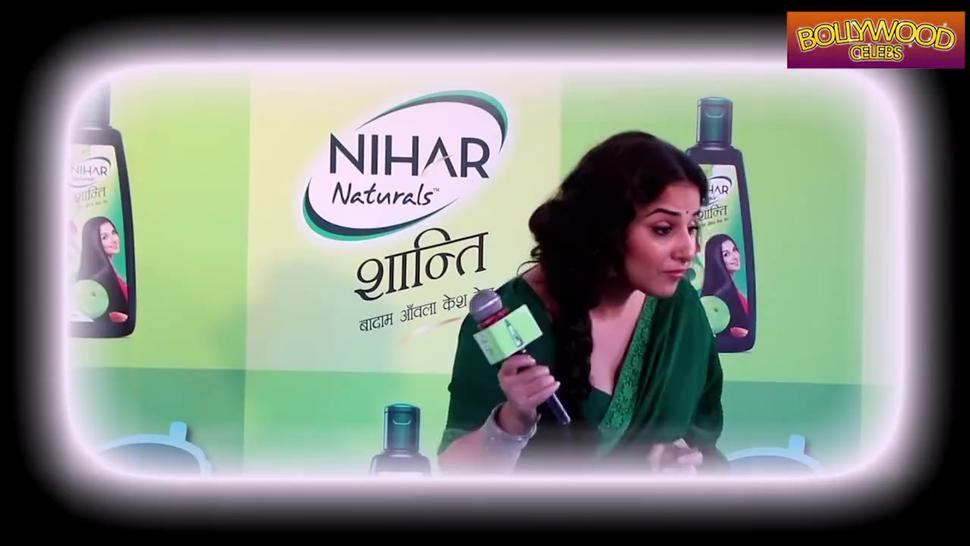 Vidya Balan (Bollywood Sexy MOM)*** She is look Like my mom