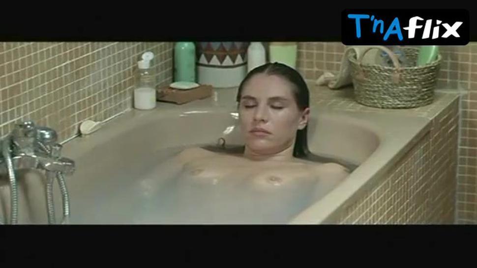 Mathilde Seigner Breasts Scene  in Tristan