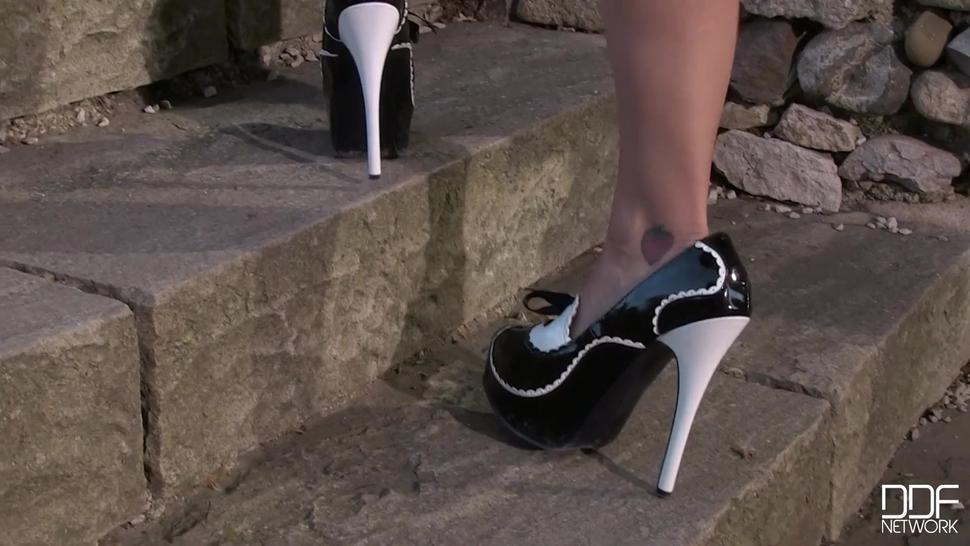 Hottie With High-heels Plays With Toys