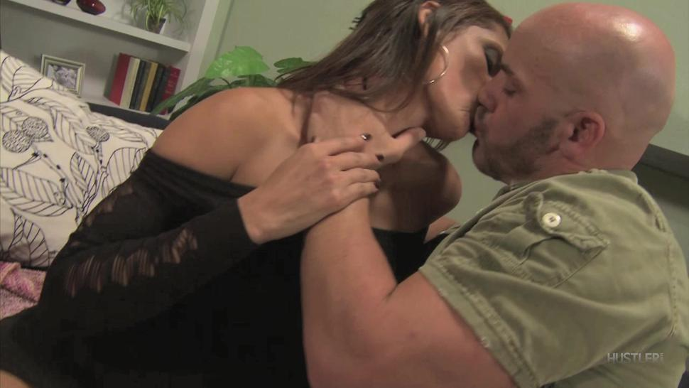 Busty Cougar Fuced Like A Whore - Monique Fuentes