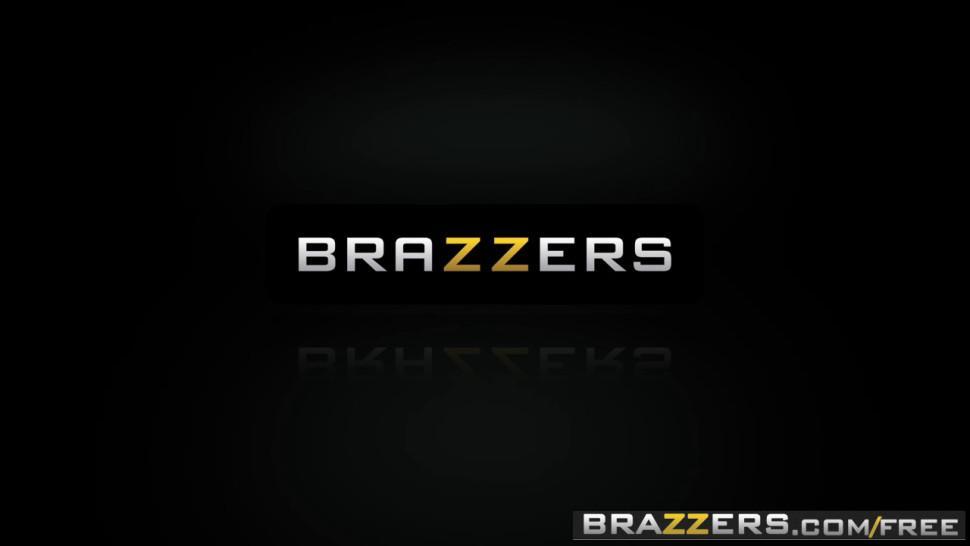 Brazzers - Baby Got Boobs - Bailey Brooke Skyla Novea Sean Lawless - Slut Hotel Part 2 - Trailer preview