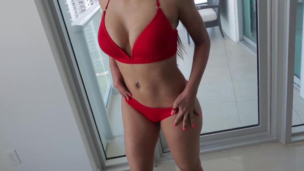 Cumshots/rich balcony her screw on