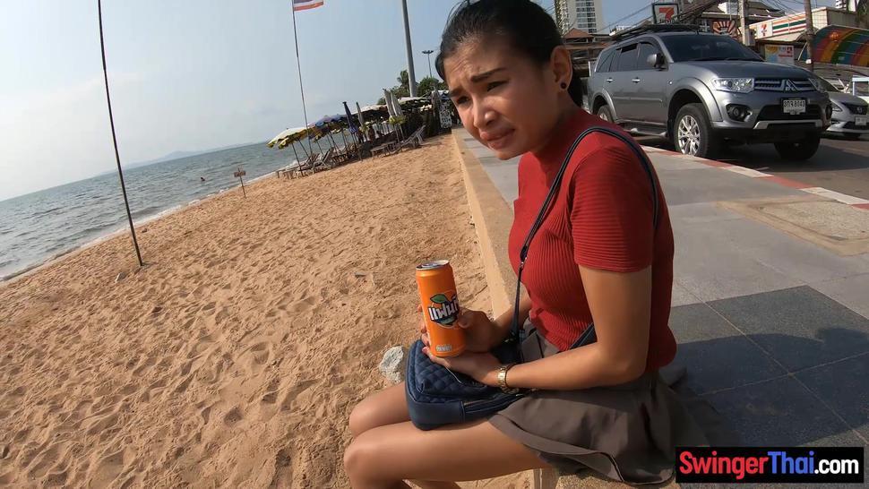 Amateur Thai teen having fun with her two week millionaire boyfriend