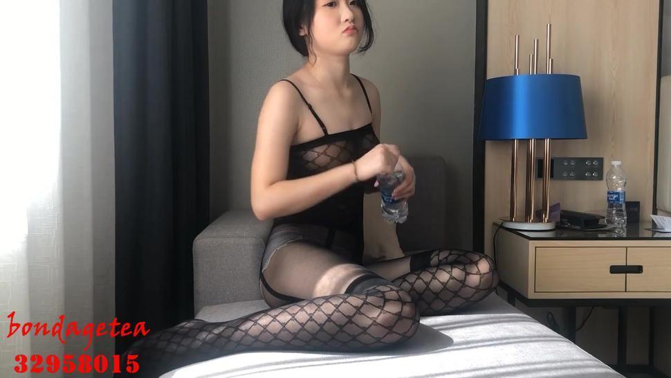Chinese sexy girl bondage