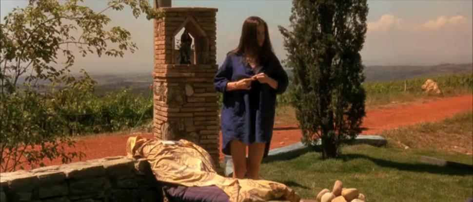 Liv Tyler nude - Rachel Weisz nude - Stealing Beauty - 1996