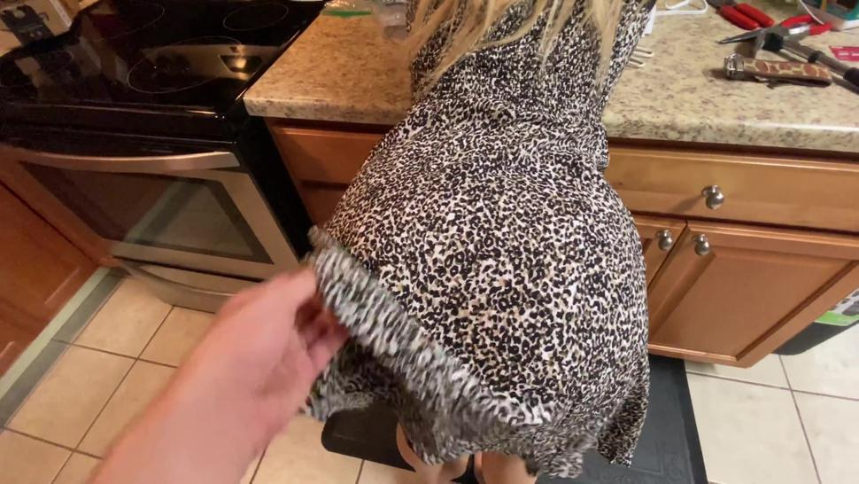 I Forgot To Wear Panties Oopps. Fucked Me So Rough We Broke The Kitchen Table And My Pussy