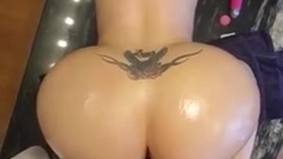 Huge Phat ass blonde bouncing on dick