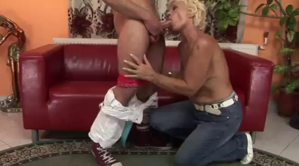 Old hairy granny pussylicked and fucked - video 1