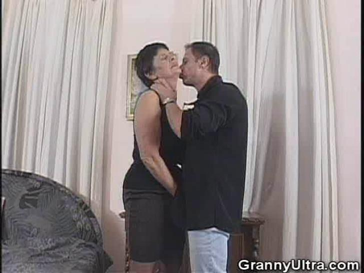 GRANNY ULTRA - Granny Wants Some Sexy Time