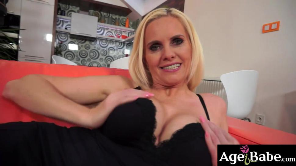 Mature bombshell Lili uses her fingers, a sex toy and Leslie massive cock in her pussy