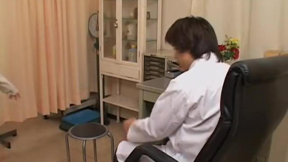 Japanese doctor fingers a sexy twat in horny medical video