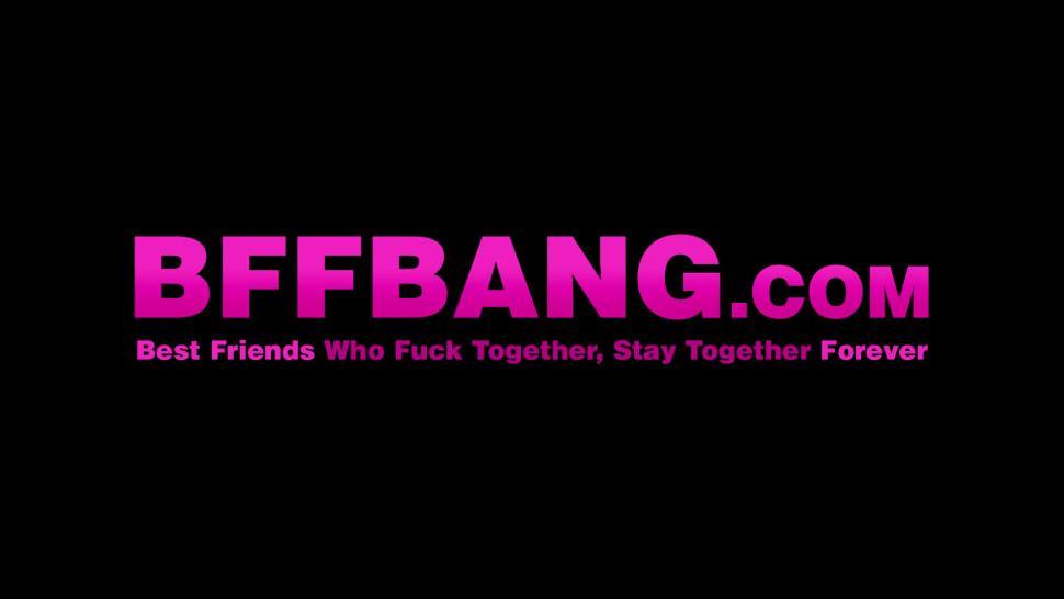 BFF BANG - Young dyke besties toying before vagina swallowing