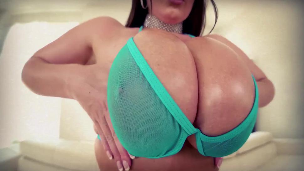Pov Huge Boobs // Angela White / Brooklyn Chase // Pmv