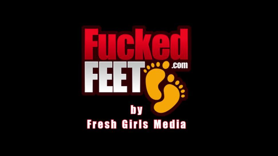 Foot Amateur Whitney Gives First Footjob For FuckedFeet!