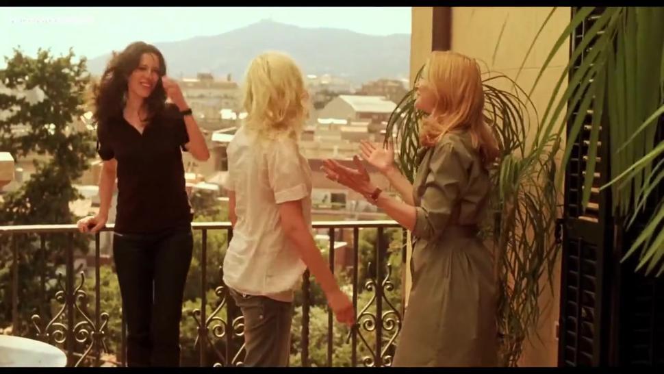 Scarlett Johansson, Penélope Cruz, Rebecca Hall - Vicky Cristina Barcelona Sex Scenes