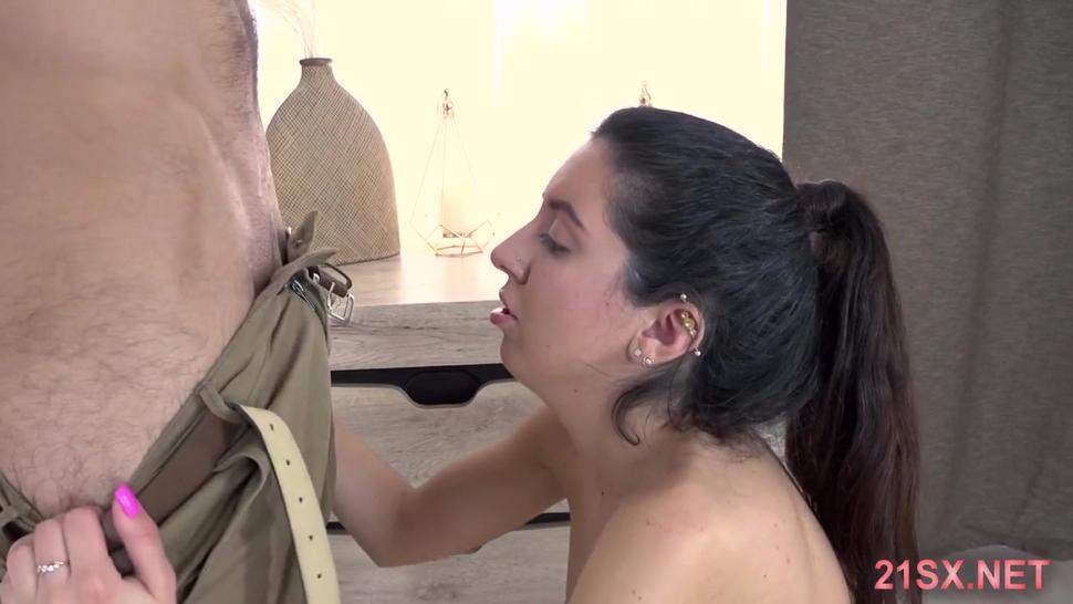 Middle east gf close up blowjob and slow  fuck