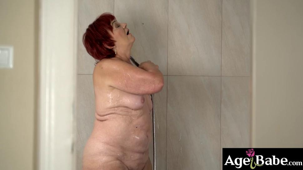 Rob gets hard and started touching himself while watching granny Marsha taking a bath