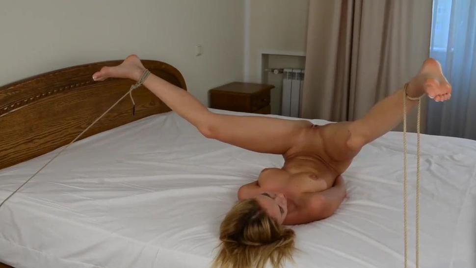 Natalia Andreeva - tied up on the bed and masterbated with electric wand