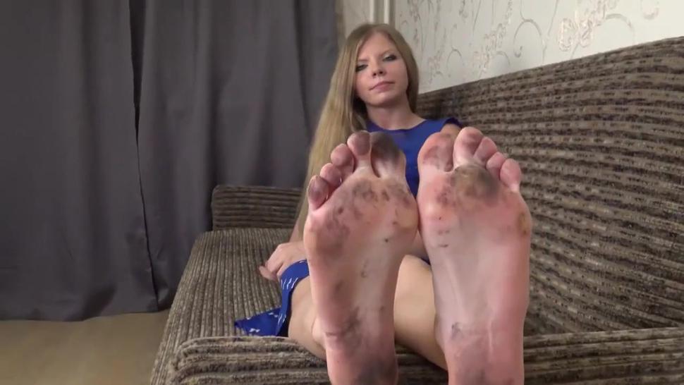 Yvonne Dirty feet