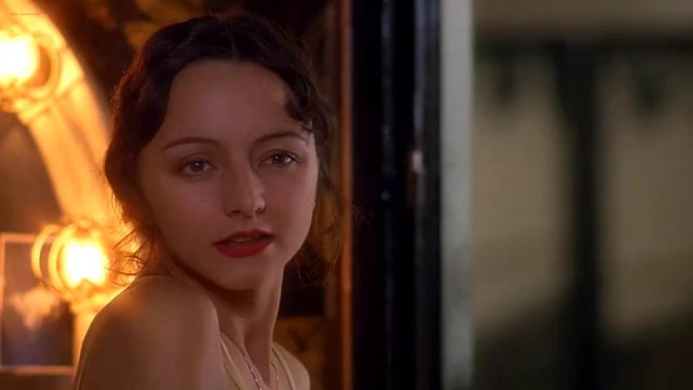 Maria de Medeiros nude - Uma Thurman nude - Brigitte Lahaie nude - Maite Maille nude - Henry and June 1990