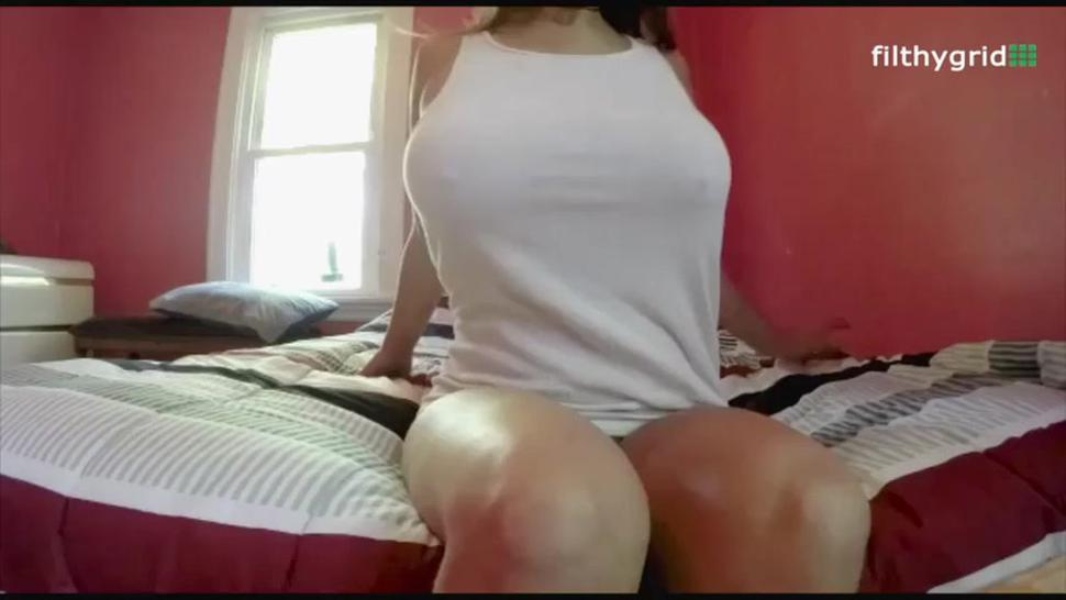 Blow your Load as her big Wide Badonkadonk Booty Blows Farts