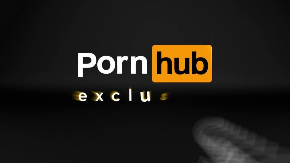 Mia Khalifa - Busty Arab Princess In Bikini Taking Cock Outdoors