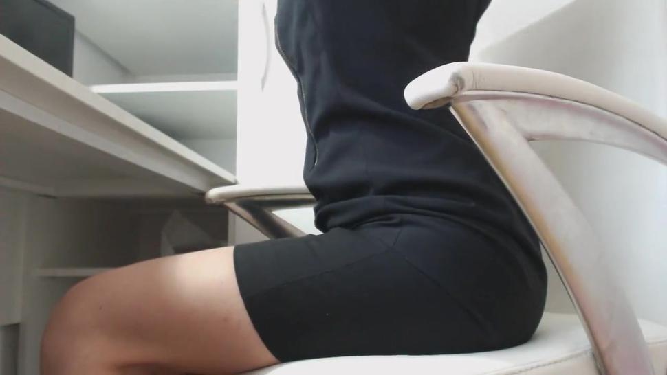 Hairy Milf Sexy Masturbates At Office Under Desk Part1