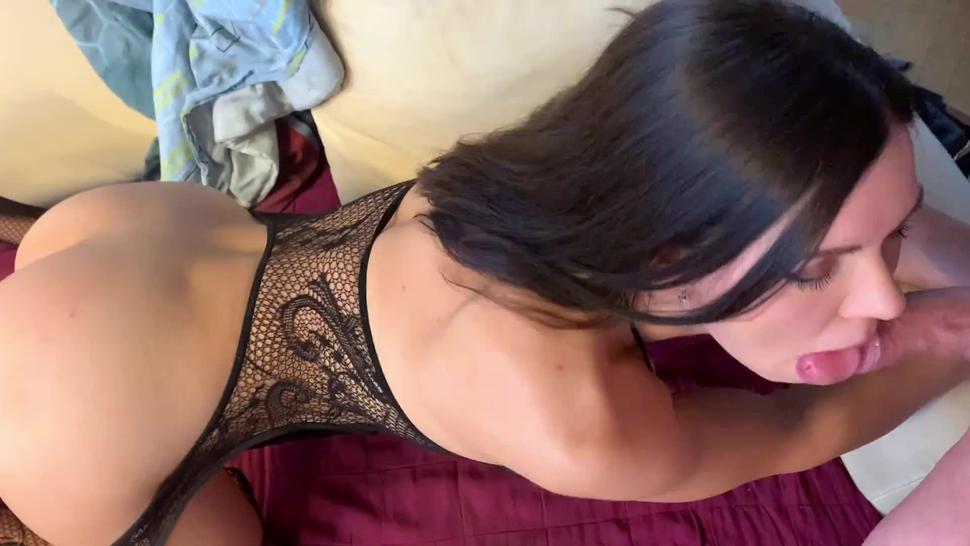 Russian hooker wannabe pornstar milks throatpie on outcall