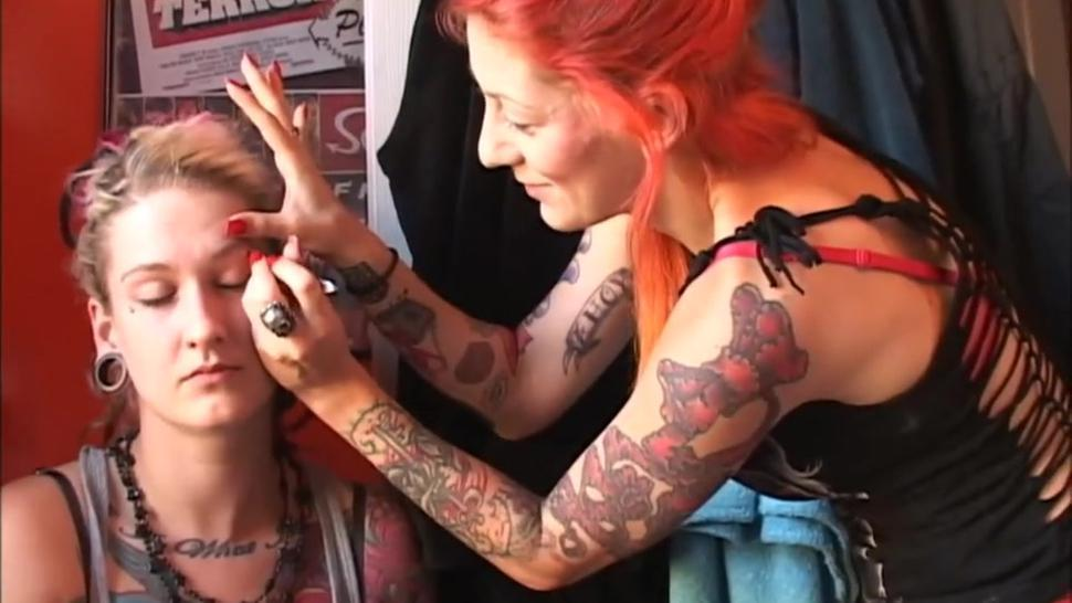 Scarlett plucks Lotus eyebrows painfully Cunt-ass fucks her painfully too