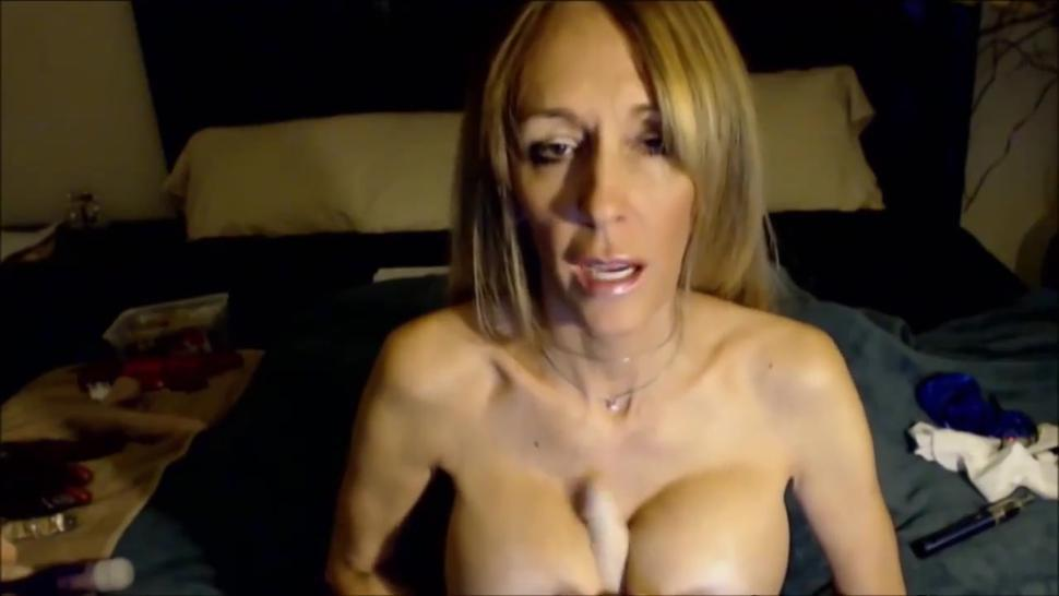 Hot Mature With Big Boobs Dirty Talk And Joi