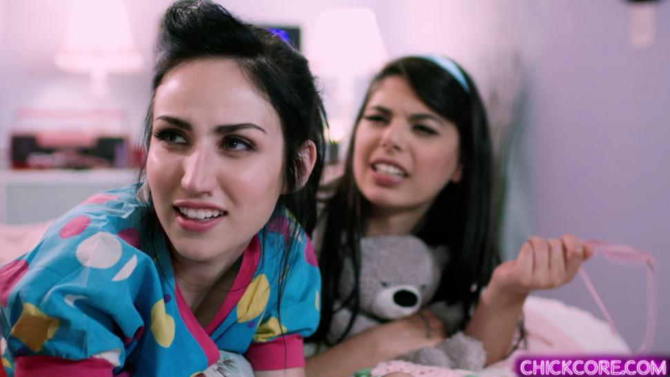 Hot teen slumber party with wild lesbian babes