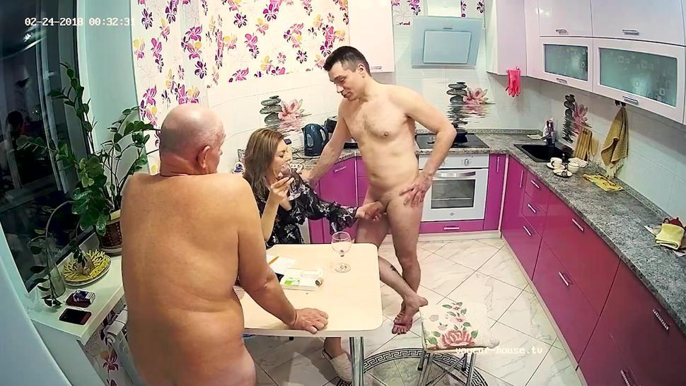 Stepmother Loves Hard Dick In Threesome Sex With Cuckold Husband