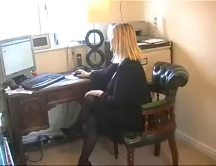 BBW Secretary Slut In Black Pantyhose With Stockings