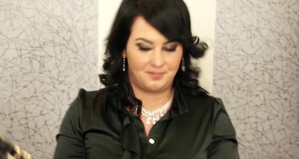 Lesbian bride pure fantasy xxx - video 11