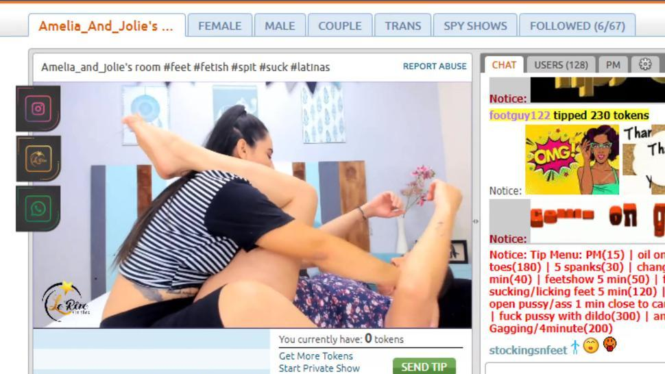 FEET WORSHIP LESBIANS Amelia and Jolie from CHATURBATE