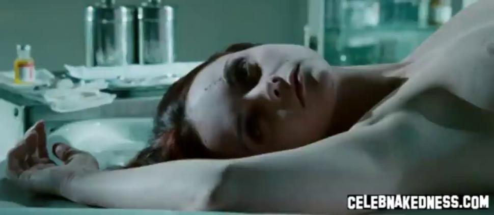 Celeb christina ricci showing her big bare breasts and bare ass n