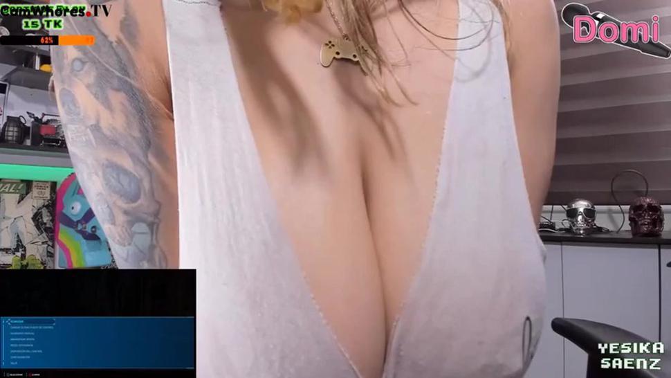 Yesika GAMER GIRL Saenz 720-12