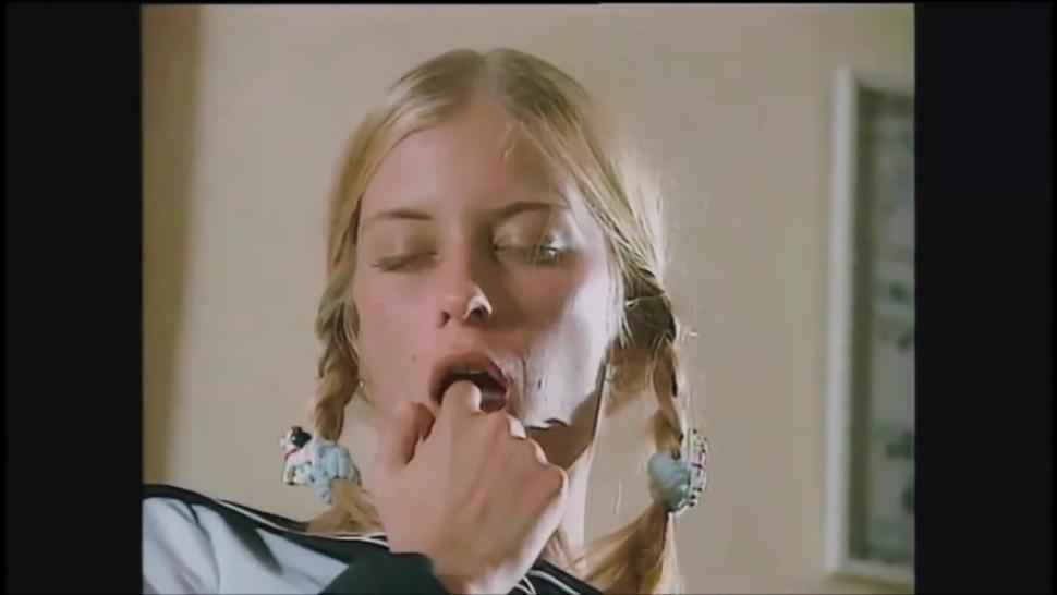 BLOWJOB CUMPILATION from a VINTAGE HD - teens blowjobs POV cumshots oral sex schoolgirls compilation