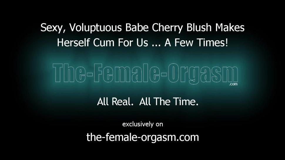 Curvaceous Big Breasted Girl Masturbates To A Real Orgasm