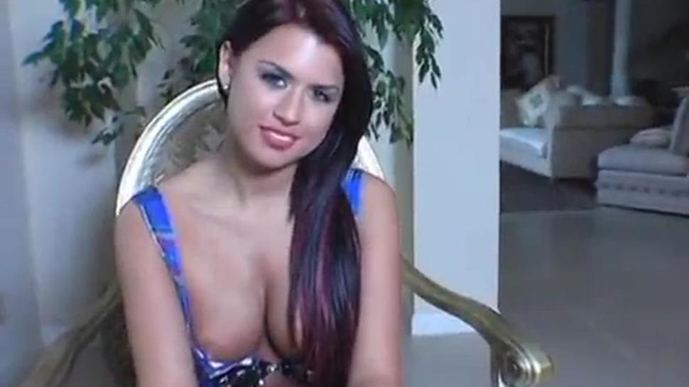 Eva Angelina !!!
