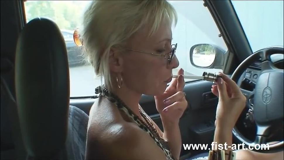 Anal fisting makes this blond wife squirt
