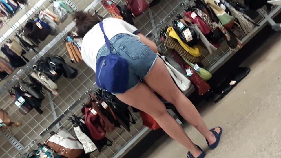 Candid ass in short shorts Big ass skinny girl