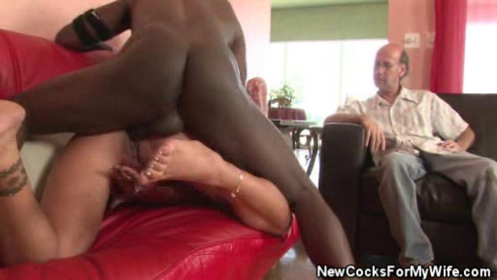 FUCK MATURE - Wifey Nikita Denise Fucked By A Black Stud